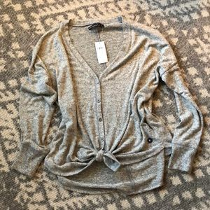 NWT Abercrombie & Fitch tie front sweater M